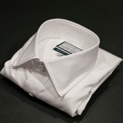 How to fold a shirt for packing