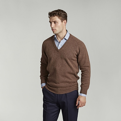 Tobacco Brown V-Neck Lambswool Jumper